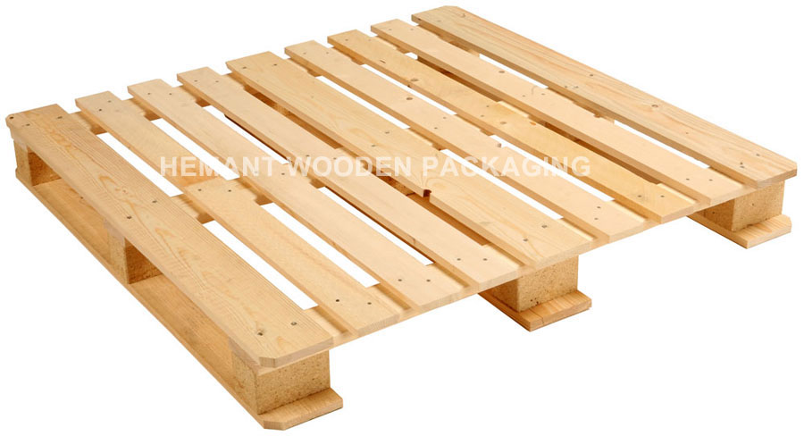 Four Way Pallets Entry Non Reversible